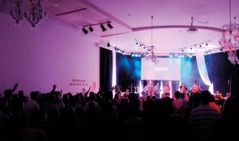 Varm evangeliserande gemenskap
