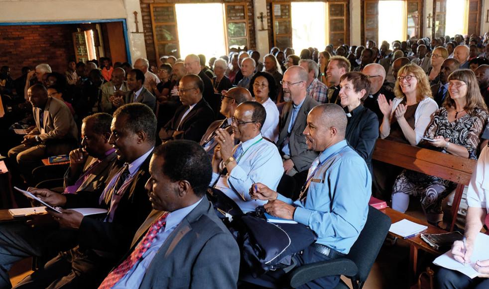 Omkring 400 deltagare tros ha närvarat under missionskonferensen, bland dessa fanns ett flertal EFS:are från Sverige. Några av dem har varit missionärer i området och glädjen över att vara tillbaka var stor.
