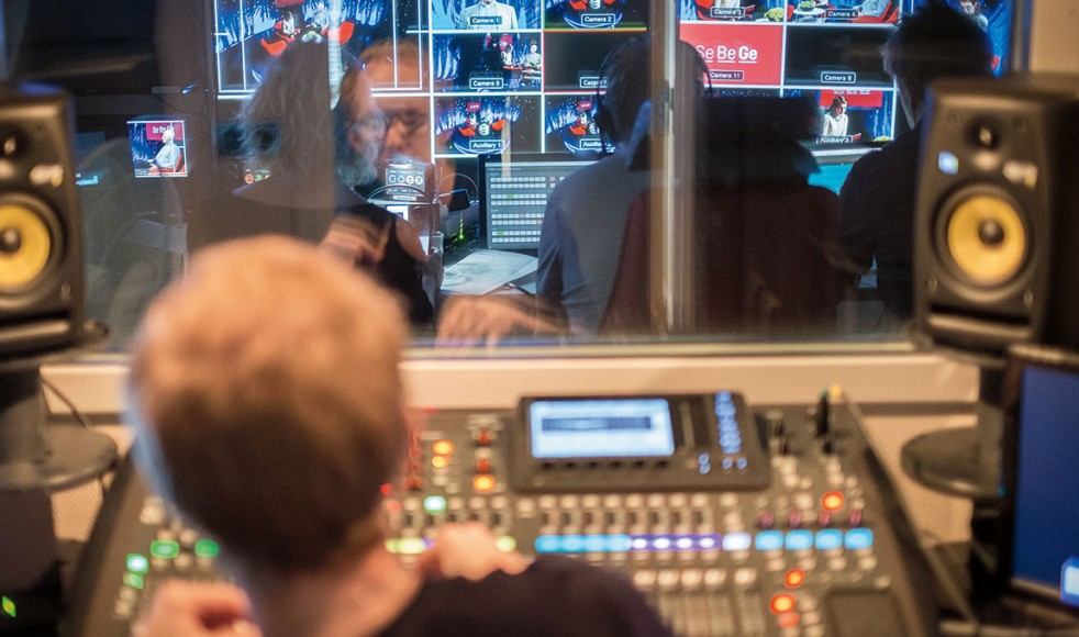 Se Be Ge sändes från Mediahusets studio i Stockaryd, Småland.