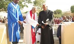 Kyrkoinvigning och examenshögtid i Eritrea