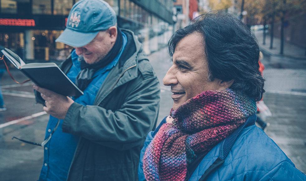 Nuri söker, med sin grävande journalistik, efter sanningen och är utifrån sitt sätt att föra de marginaliserades talan en aktivist. Bild: Rickard L. Eriksson