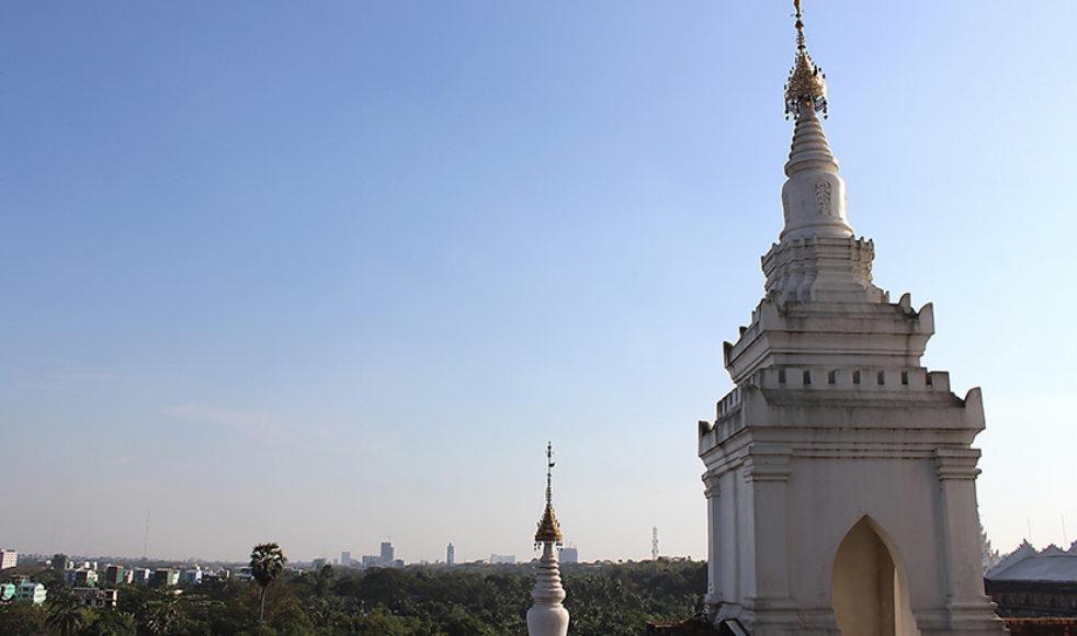 Burma, Myanmar, till majoriteten ett Buddhistiskt land, med många vackra vyer var värdland för årets Salt Outreach.