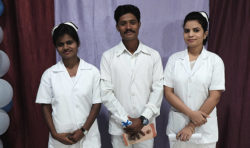 Tacksamma sjuksköterskor redo för tjänst