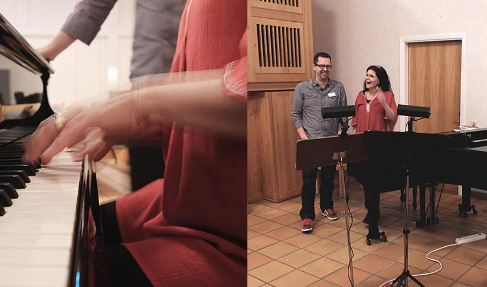 Gospelprofilerna Jonas Engström och Maria Nordenback–Kress samtalade om musiken som redskap för såväl tillbedjan och lovprisning som evangelisation och själavård – den har en unik plats bland kyrkornas verksamhet.