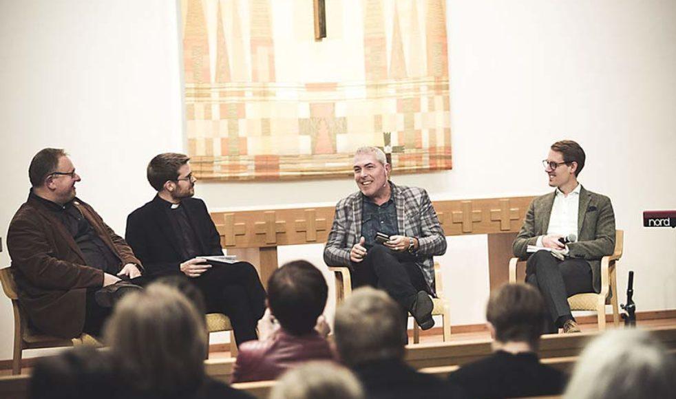 Ett samtal om reformation mellan Johan Ericson, Christoffer Abrahamsson, Magnus Persson och Daniel Ringdahl i Betlehemskyrkan, i Stockholm.