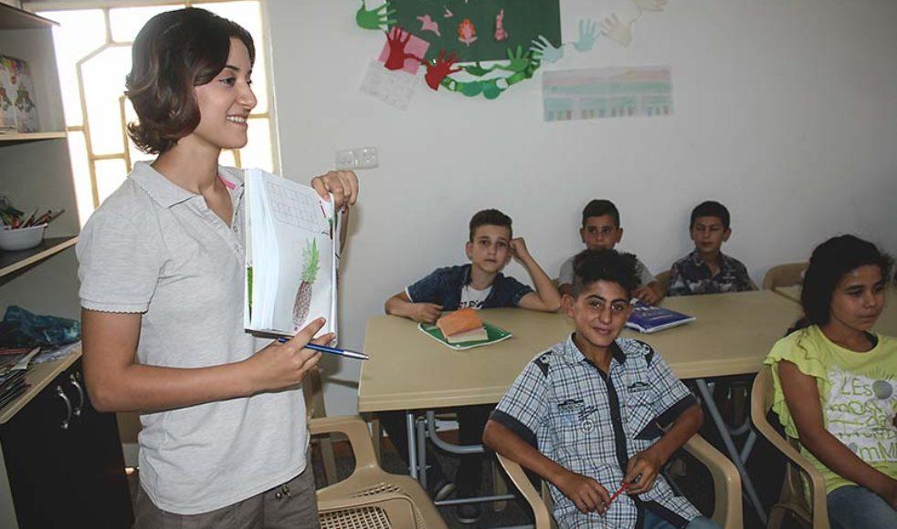 24-åriga Rita Rostam har återvänt till den kristna staden Teleskuf och fått arbete på ett center för barn och ungdomar som stöds av EFS.