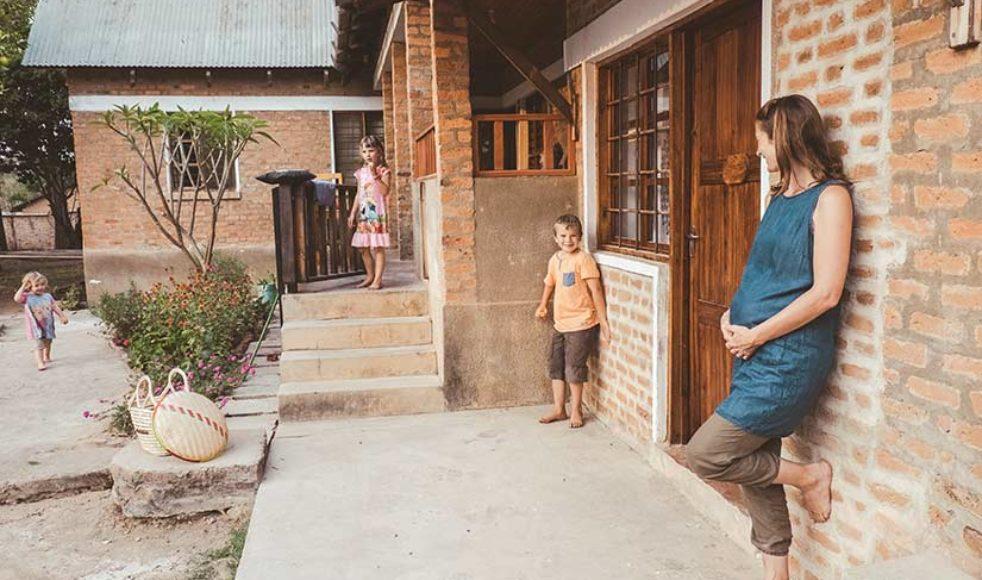 Föräldrar till barn på den internationella skolan har hjälpt familjen Sandahl att finna sig till rätta i Iringa.