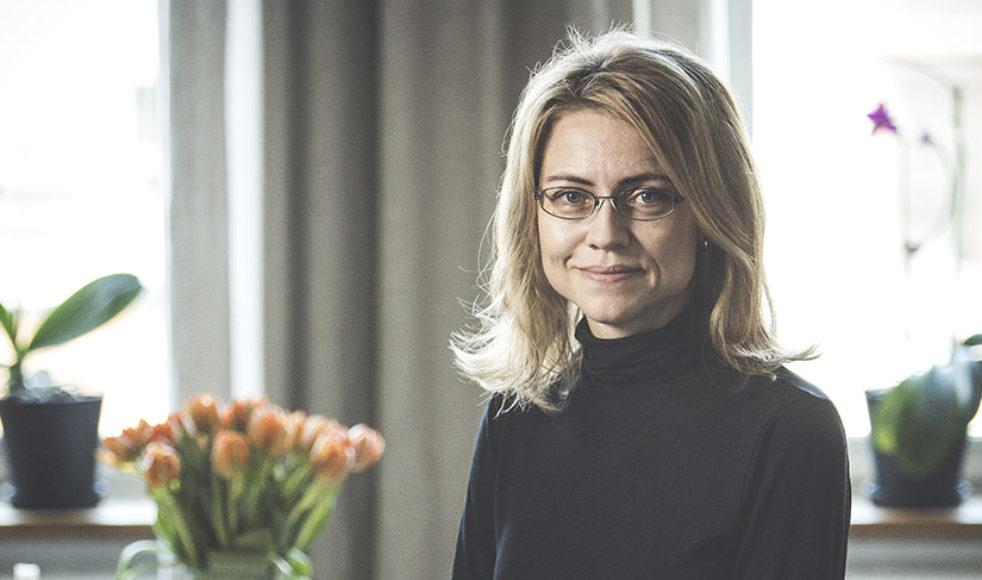 Teologen Jayne Svenungsson är den sjunde kvinnan att ta plats i Svenska Akademien.