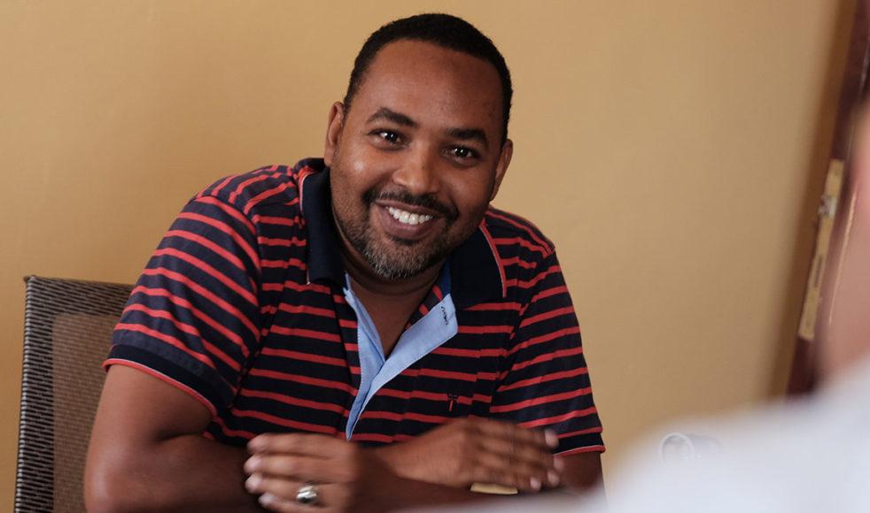 Ousman Oumer är en av eldsjälarna bakom Warsan relief organization.