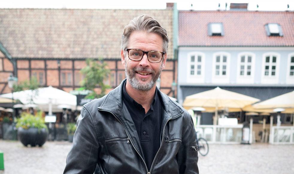 Magnus Tunehag prästvigs i januari efter drygt 30 år som pastor i EFK.