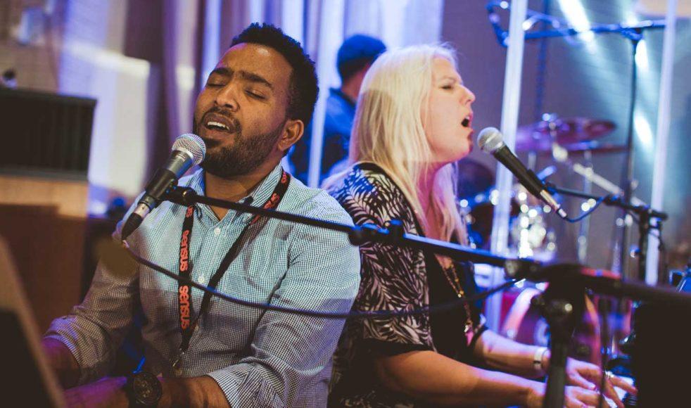 Dawit och hans kollegor har jobbat fram termen »musicionary« – ett påhittat engelskt ord som slår ihop musiker och missionär till ett ord.