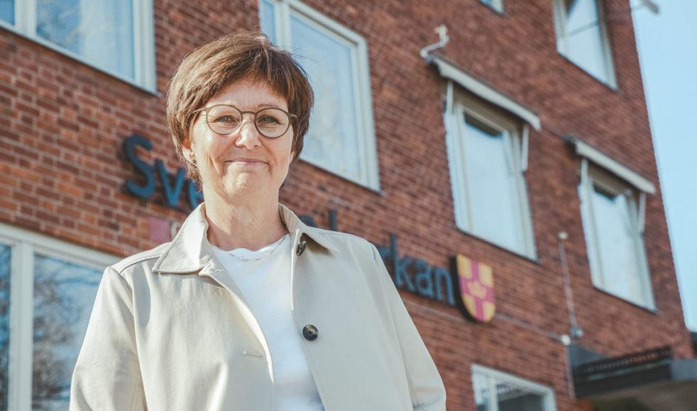 Mitt i kristiden hoppas Katarina Glas, diakonstrateg i Umeå stadsförsamling, att många ska få upptäcka att kyrkan finns där för att stötta. Bild: Lina Eriksson