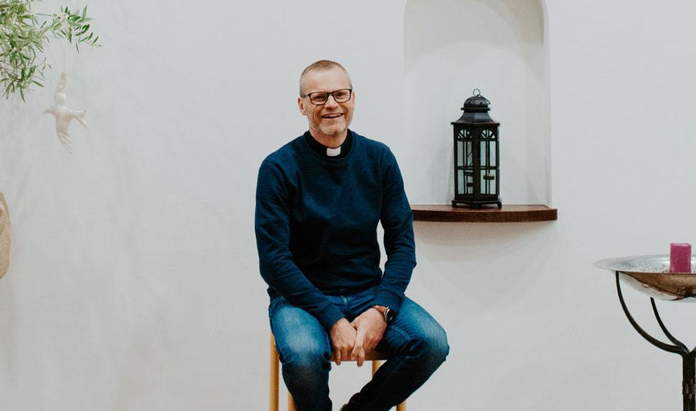 Lennartsson hoppas att många församlingar ska kunna gå stärkta ur detta när krisen har lagt sig.  – Jag tror till exempel att vi kommer värdesätta det personliga mötet ännu mer.