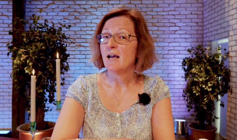 All undervisning för konferensen lades upp på youtube. Mia Ström, distriktsföreståndare för EFS Mittsverige, pratade bland annat om likheterna mellan Jona och Jesus.