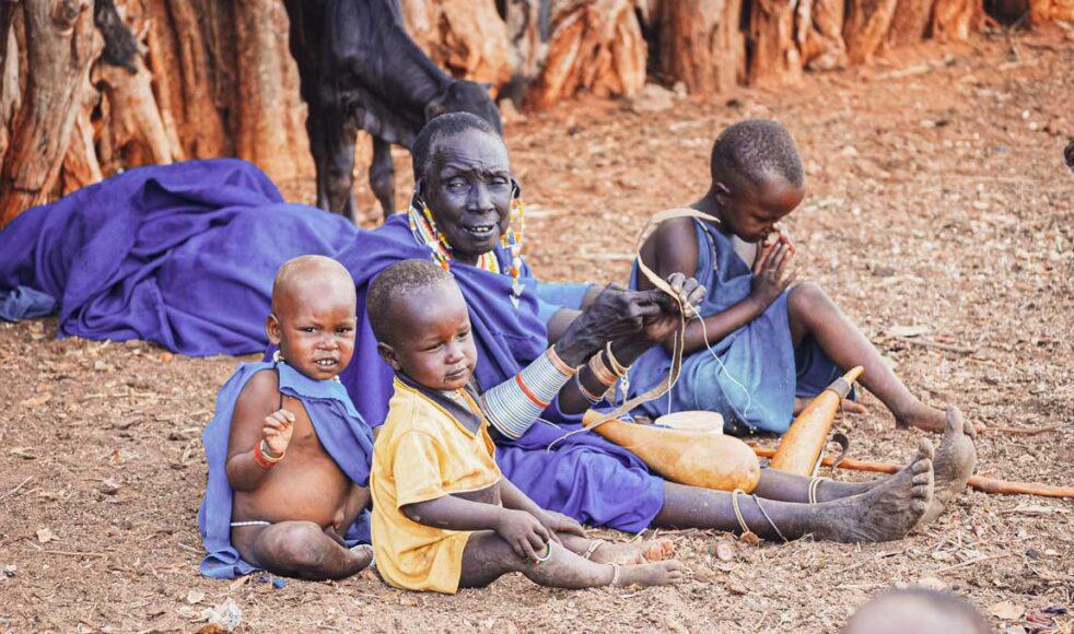 Ulf Ekängen har blivit upptagen i massajernas gemenskap tack vare de många fosterbarnen han har. Bild: Hans Hägglund