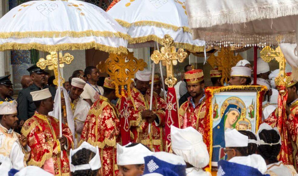 Den ortodoxa kyrkan är statskyrkan i Etiopien och har 35 miljoner medlemmar. Här en cermoni i samband med firandet av trettondedag jul. Bild: Jean Rebiffé
