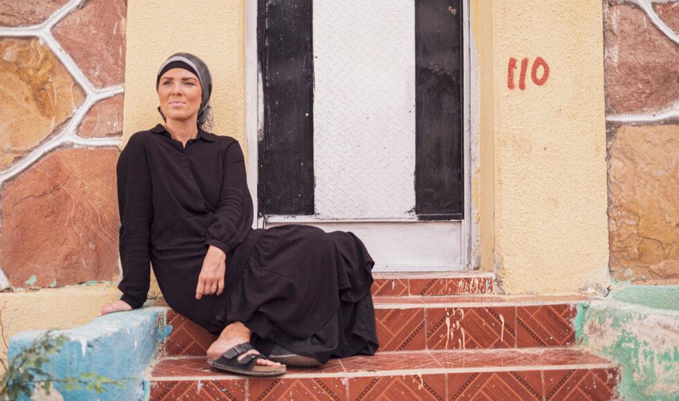 Som tonåring förnekade Erika sin tro och skämdes för att vara prästbarn. Efter att ha blivit konfronterad av Gud bestämde hon sig för att aldrig svika Honom igen.