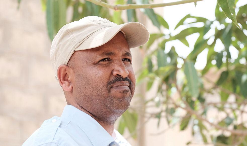 Desta Hadera, regional utvecklingschef för Mekane Yesus biståndsorgan DASSC i Tigray, ger en alarmerande rapport om läget i området. Samtidigt tackar han EFS för det bistånd som skickats och vädjar om fortsatt stöd. Bild: Jakob Arvidsson