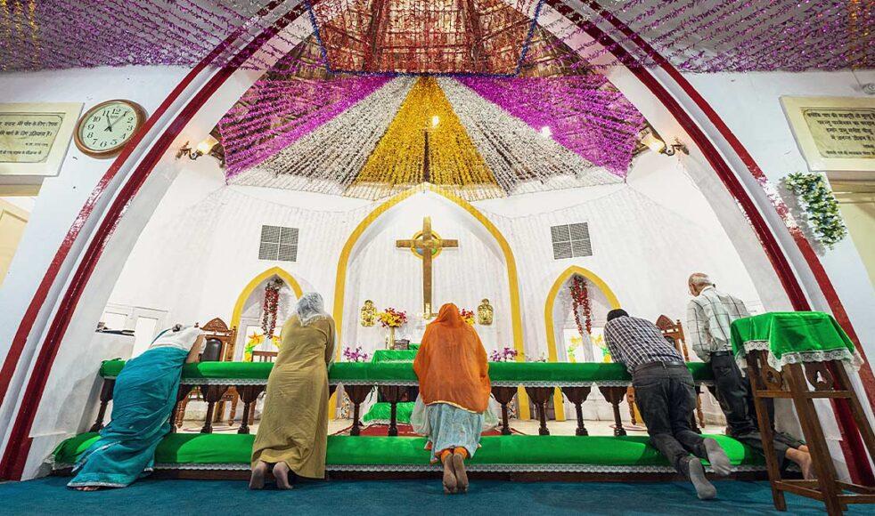Evangelical Lutheran Church i Madhya Pradesh, Indien, står i en utmanande tid då kyrkoledningen är anklagad för korruption. Dessutom behövs en ersättare till avlidne biskopen Emanuel Panchoo. Bilden är tagen i E.L.C. Nagpur av Jakob Arvidsson.