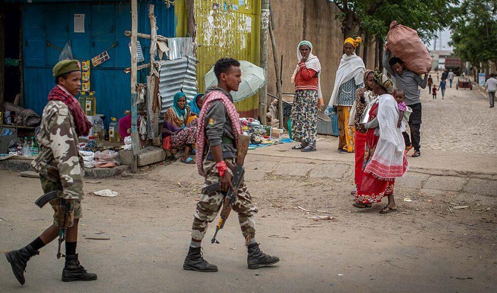 Efter att ha återtagit nyckelområden i Tigray, vägrade TPLF att acceptera centralregeringens vädjan om vapenvila utan lovade att driva bort premiärministerns regeringsstyrkor. Bild: TT