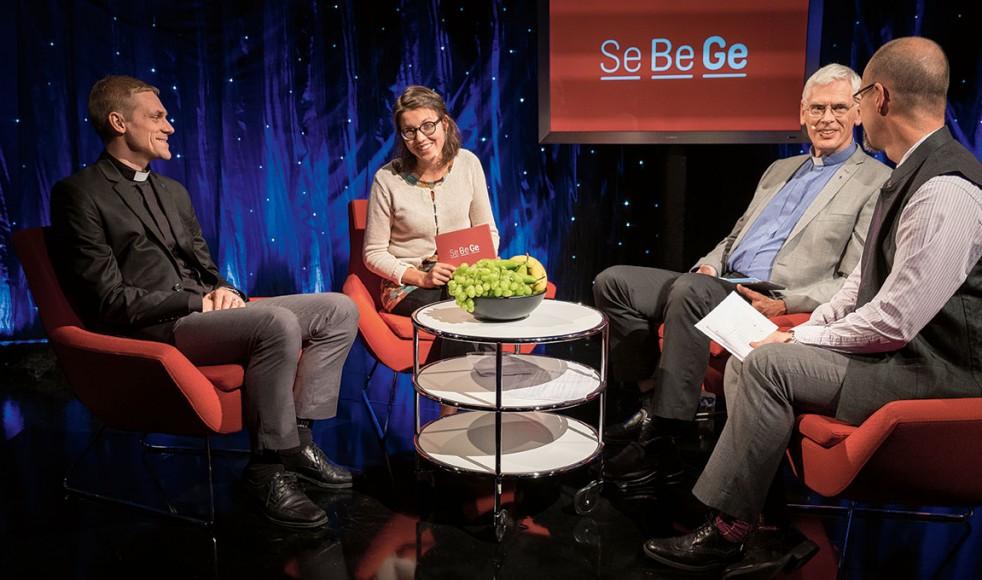 Elias Tranefeldt, Stefan Holmström och Erik Johansson samtalade om mission under ledning av programledare Paulina Hedman.