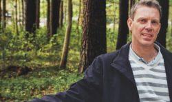 Elva år med EFS största distrikt  – nu tar Kristoffer sikte  på församlingstjänst