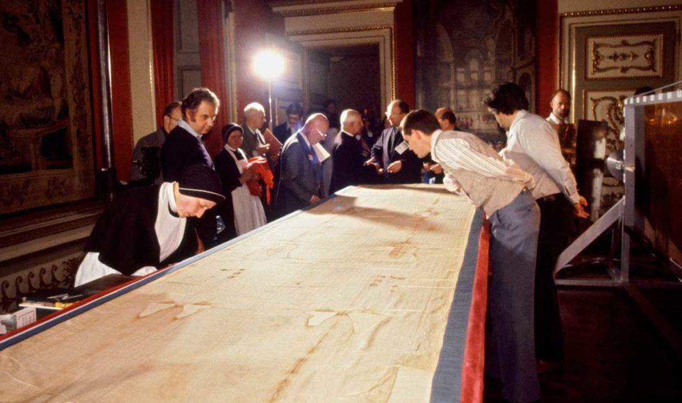 1978 undersöktes svepduken med modern vetenskaplig teknik för första gången.