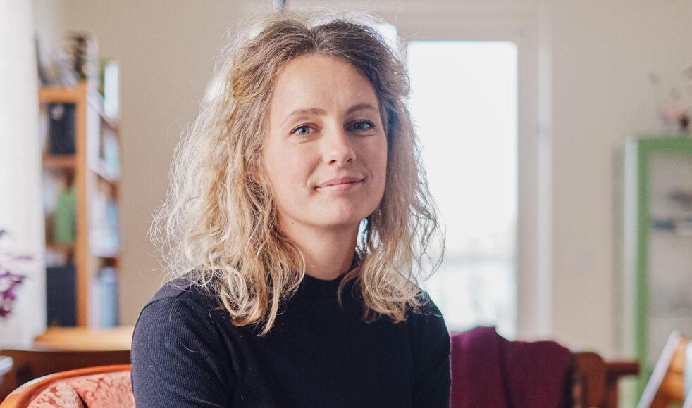 Amanda Bengtsson debuterar med barnboken I en helt vanlig skog, utgiven på Leopard förlag. Bild: Dagmawit Alemayehu