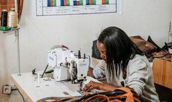 Plånböcker hjälper utsatta i Etiopien
