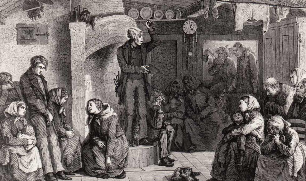 En kolportör håller predikan i ett småländskt hem. Bild publicerad 1870.