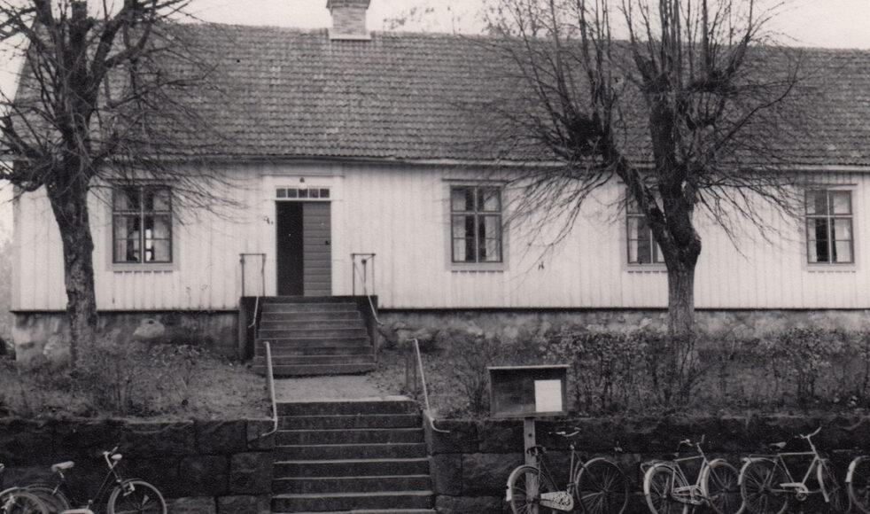 Figeholms lutherska bönhus, byggt 1868. Fick 1870 rätt att anordna kyrklig nattvardsgång.