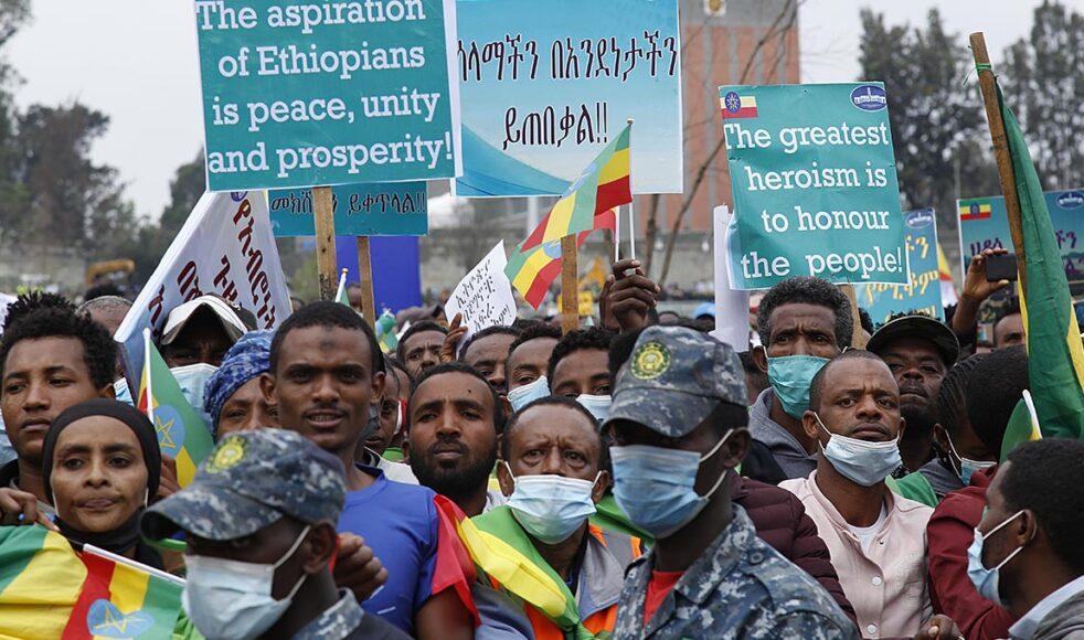 Den 22 juli hölls massdemonstrationer i Addis Abeba till förmån för premiärministern och landets enhet. Bild: TT
